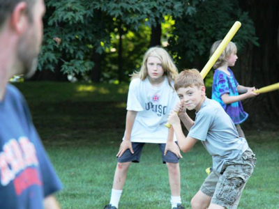Wiffle-Ball-on-Great-Lawn-2