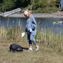 2016-river-clean-up-03
