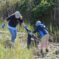 2016-river-clean-up-12
